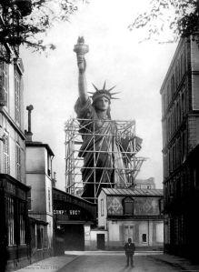 Staue Liberté en construction