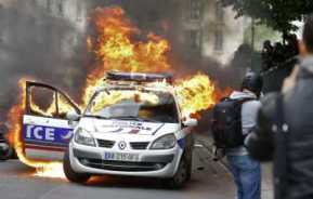 voiture police feu.jpg