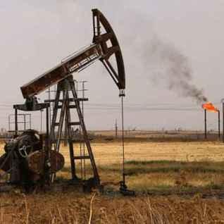 Deir ez Zor puits de pétrole.jpg