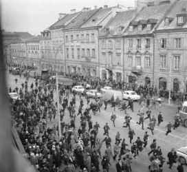 Pologne manifestation 8 mars1968.jpg