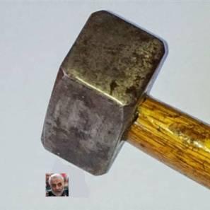 Soleimani marteau.jpg